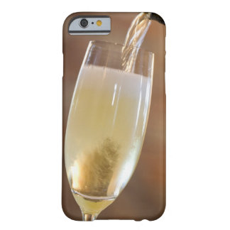 Pouring champagne barely there iPhone 6 case