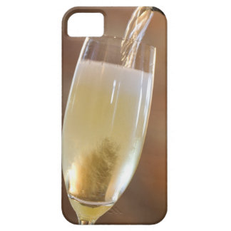 Pouring champagne case for the iPhone 5