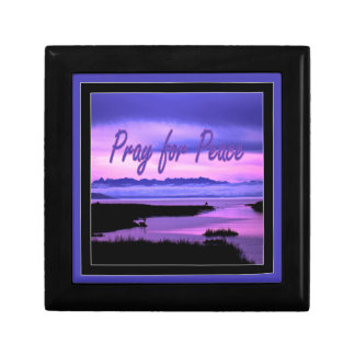 pray for peace (pink scenic) small square gift box