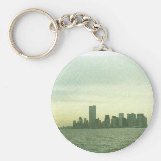 Pre 9/11/01 New York skyline key chain