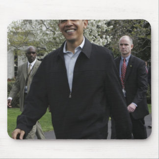 President Obama walks to the basketball courst Mouse Pad