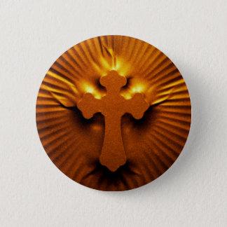 Pressed textured cross 6 cm round badge