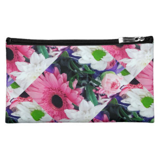 Pretty as a picture make up bag