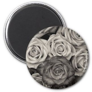 Pretty Black and White Roses Bouquet of Flowers Magnet