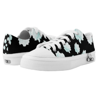 Pretty Blue Roses Design Low Tops