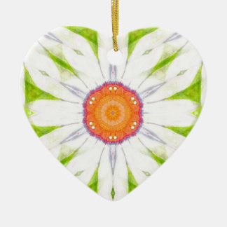 Pretty daisy design ceramic heart decoration