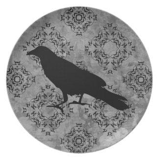 Pretty gothic raven plate