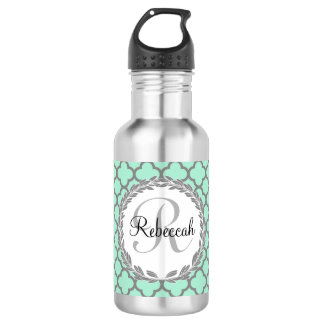 Pretty Green and Gray Quatrefoil Monogram Laurel 532 Ml Water Bottle