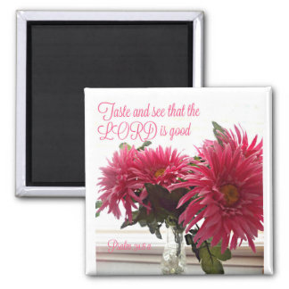 Pretty Magnet with Pink Daisies + Scripture