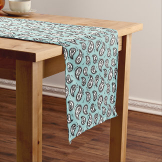 Pretty Paisley table runner