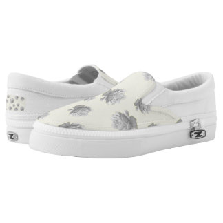 Pretty Pale Grey Roses Design Slip-On Shoes