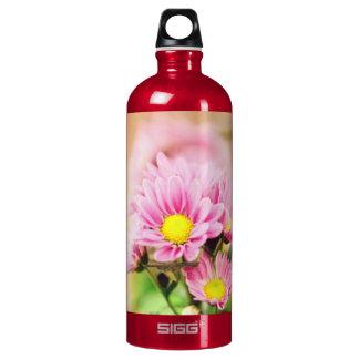 Pretty pink garden flowers SIGG traveller 1.0L water bottle