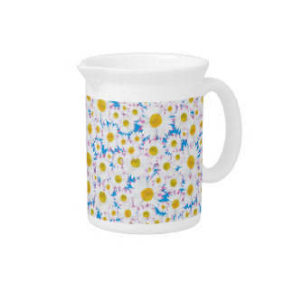 Pretty Pitcher or Jug: Ditzy Daisies on Blue