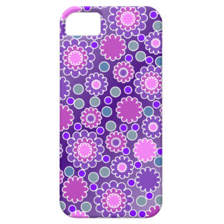 Pretty Purple Flowers Pattern iPhone 5 Cases