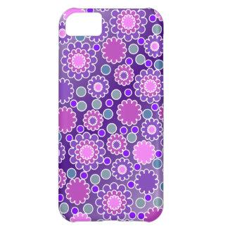 Pretty Purple Flowers Pattern iPhone 5C Case