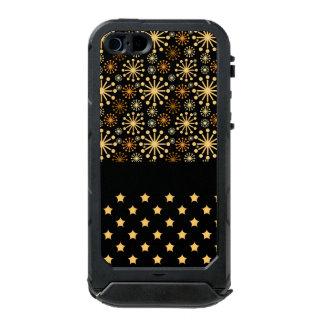 Pretty Snowflakes and Stars Incipio ATLAS ID™ iPhone 5 Case