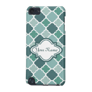 Pretty Vintage Quatrefoil Pattern in Muted Green iPod Touch (5th Generation) Cases