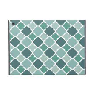Pretty Vintage Quatrefoil Pattern in Muted Green Covers For iPad Mini