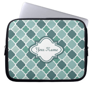 Pretty Vintage Quatrefoil Pattern in Muted Green Computer Sleeve