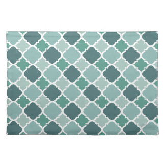 Pretty Vintage Quatrefoil Pattern in Muted Green Place Mat