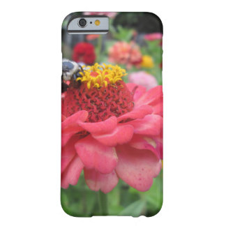 Pretty Zinnia with Bee iPhone 6 Case