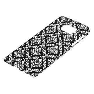 Prima Damask Pattern White on Black