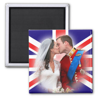 Prince William & Kate Balcony Kiss Magnet