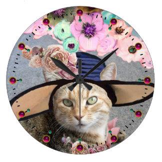 PRINCESS TATUS /ELEGANT CAT,BIG DIVA HAT AND ROSES CLOCK