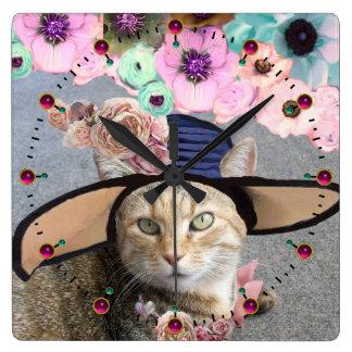 PRINCESS TATUS /ELEGANT CAT,BIG DIVA HAT AND ROSES WALL CLOCKS