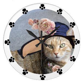 PRINCESS TATUS,ELEGANT CAT,BIG DIVA HAT,ROSES,Paws Clock