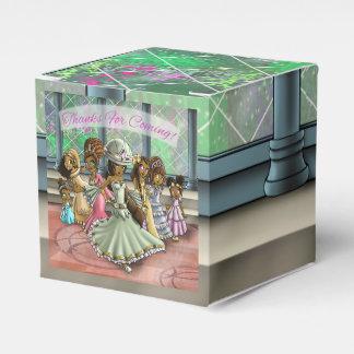 """Princesses Birthday Favor Box Classic 2x2"" Favour Boxes"