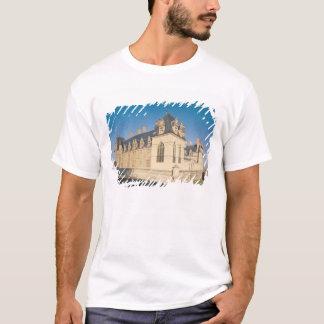 Principal facade and the south facade T-Shirt