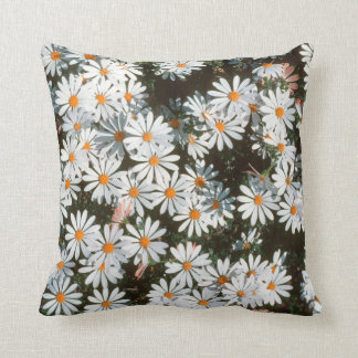 Profusion Of White Daises (Asteraceae) Throw Pillow
