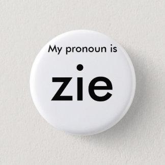 Pronoun badge