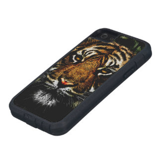 Prowling Tiger Watching iPhone 5 Case