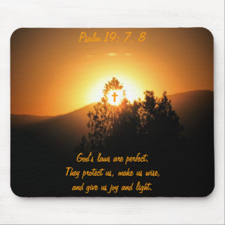 Psalm19: 7, 8 God's laws are perfect Mouse Mat