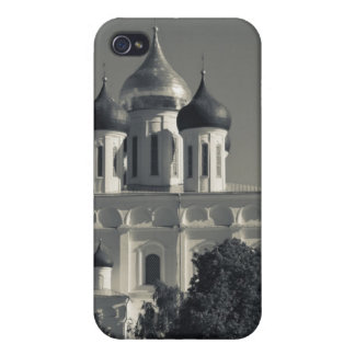 Pskov Kremlin and Trinity Cathedral Case For iPhone 4
