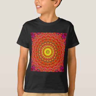 Psychedelic Radial Pattern: T Shirts
