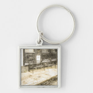 Pub Resting Place Vintage Silver-Colored Square Key Ring