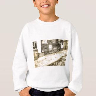 Pub Resting Place Vintage Sweatshirt