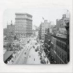 Public Square, Cleveland: 1915 Mousepad