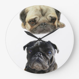Pugs does not lose the hour style large clock