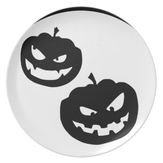 Pumkin silhouettes party plates