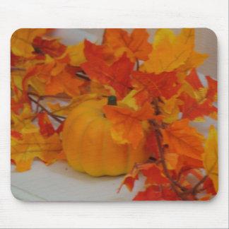 Pumpkin&Orange Leaves Arrangement Mouse Mat