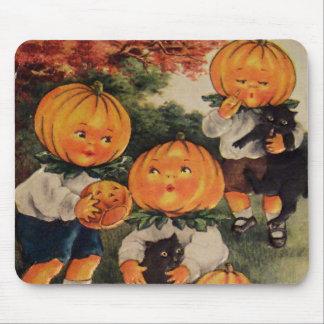 Pumpkinheads (Vintage Halloween Card) Mouse Mat