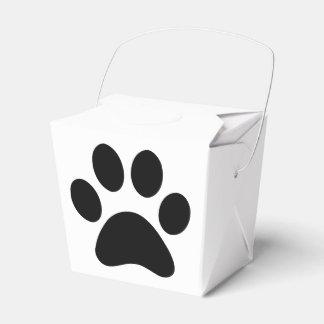 Puppy take out favour box
