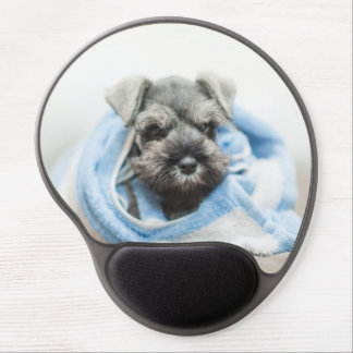 Puppy wraps with towel. gel mouse mat