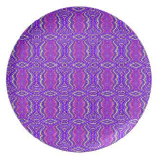 Purple 60 s Retro Fractal Art Pattern Plate
