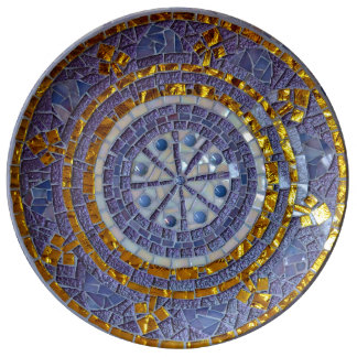 Purple and applied mosaic plate