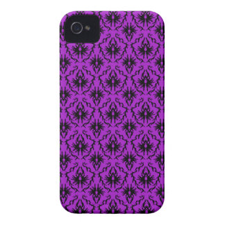 Purple and Black Damask Design. Gothic. iPhone 4 Cover